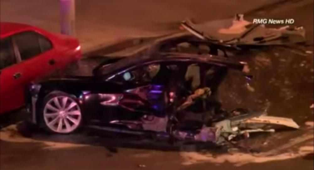 Tesla Update >> Stolen Tesla Model S Driver Allegedly Dies After High-Speed Crash - autoevolution