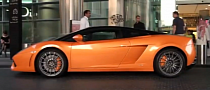 Supercar Spotting: Gallardo LP560-4 Bicolore in Dubai [Video]
