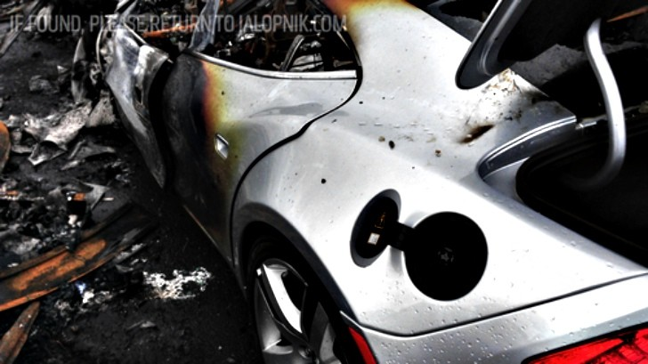 Superstorm Sandy Makes 16 Fisker Karma EVs Catch Fire in New Jersey Port