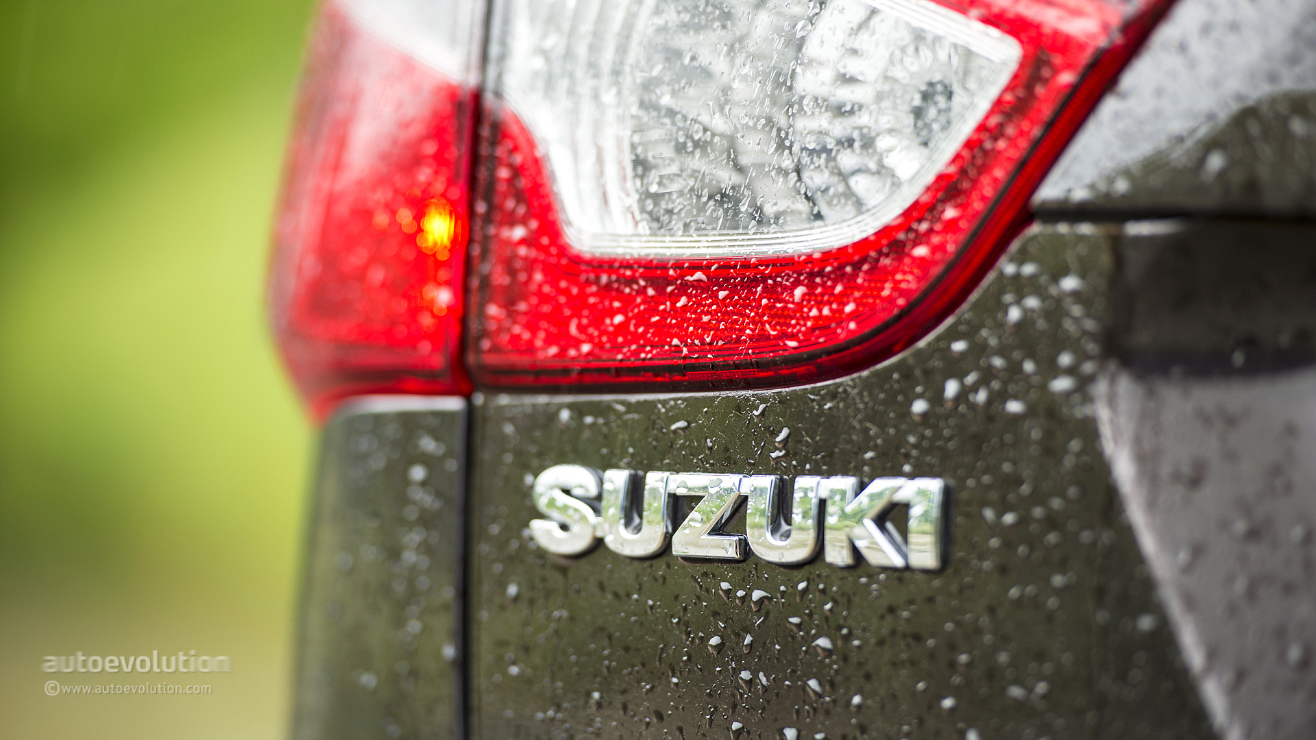 Suzuki Sx4 S Cross Hd Wallpapers Autoevolution