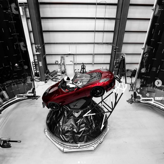 SpaceX Falcon Heavy launch: Here's today's schedule and livestream