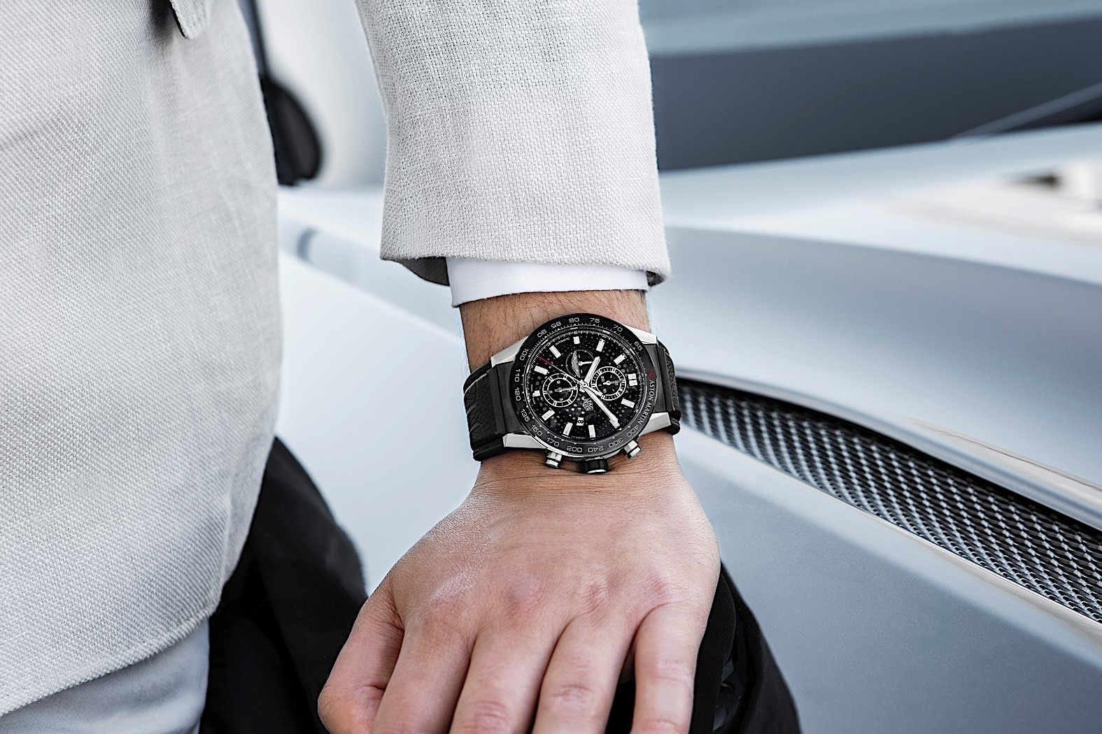 Tag Heuer Aston Martin Carrera Watch Goes On Sale For 5 250 Pounds Autoevolution
