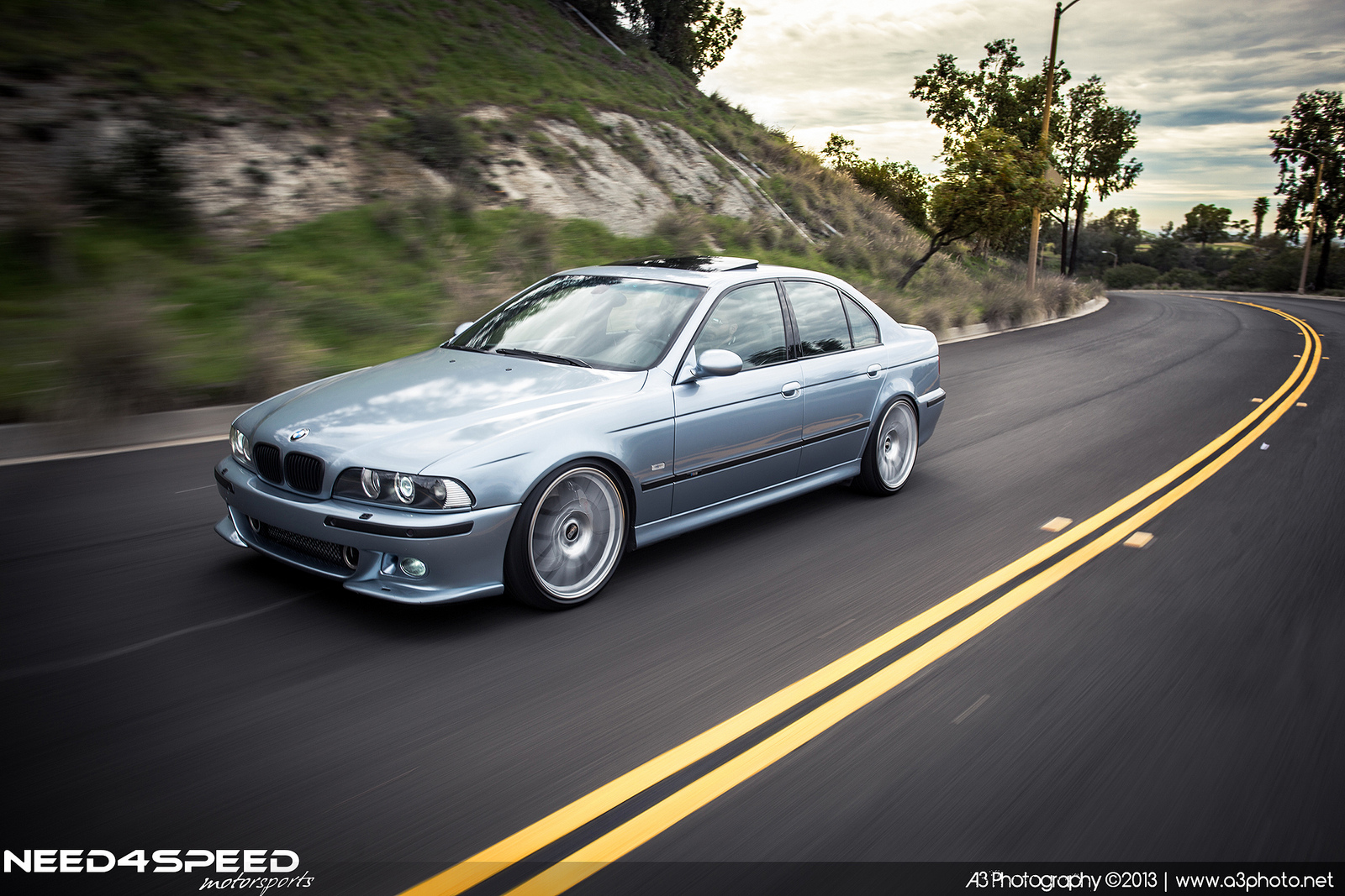 take a walk down memory lane with this custom bmw e39 m5 autoevolution. Black Bedroom Furniture Sets. Home Design Ideas
