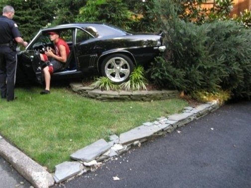 Teenager Crashes 69 Camaro Autoevolution