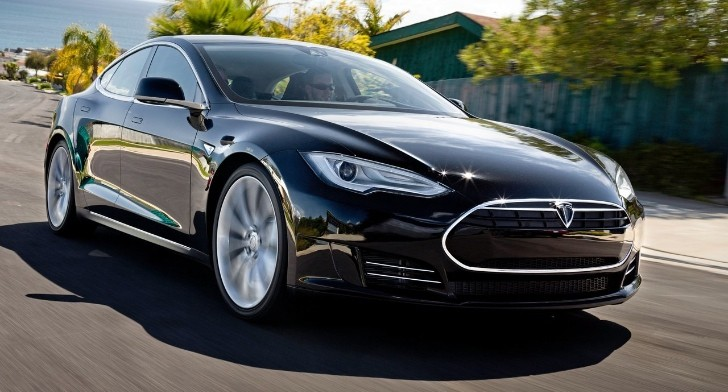 Tesla Adds $2,500 to Model S Price Tag