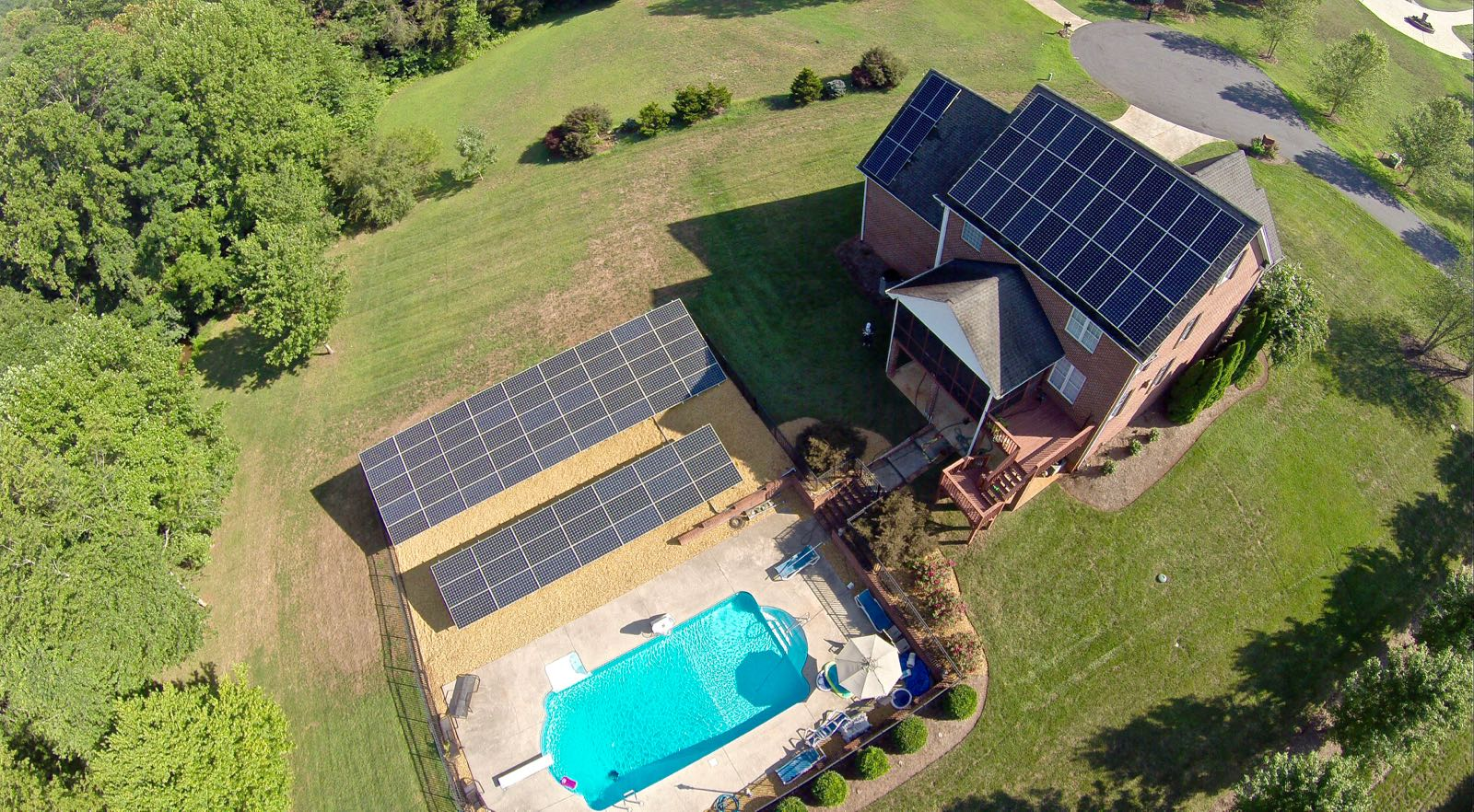 Tesla Hacker S House Is A Little Solar Power Plant Using