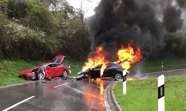 Tesla Model S And Ice Compact Crash Leaves The Latter In