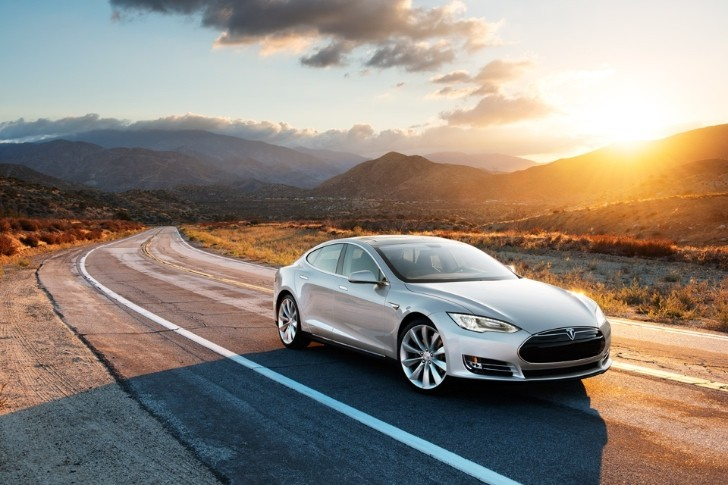 Tesla Model S Earns Top Overall Test Score from Consumer Reports