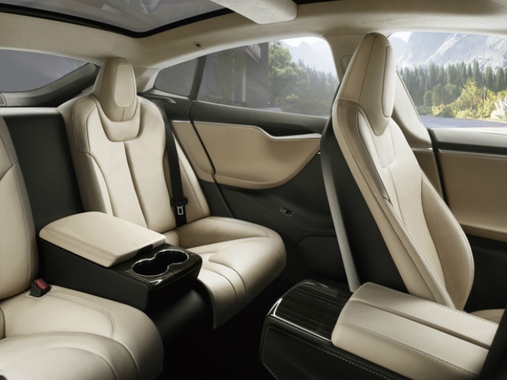Tesla model s executive rear seats option available it 39 s for Interieur tesla model s
