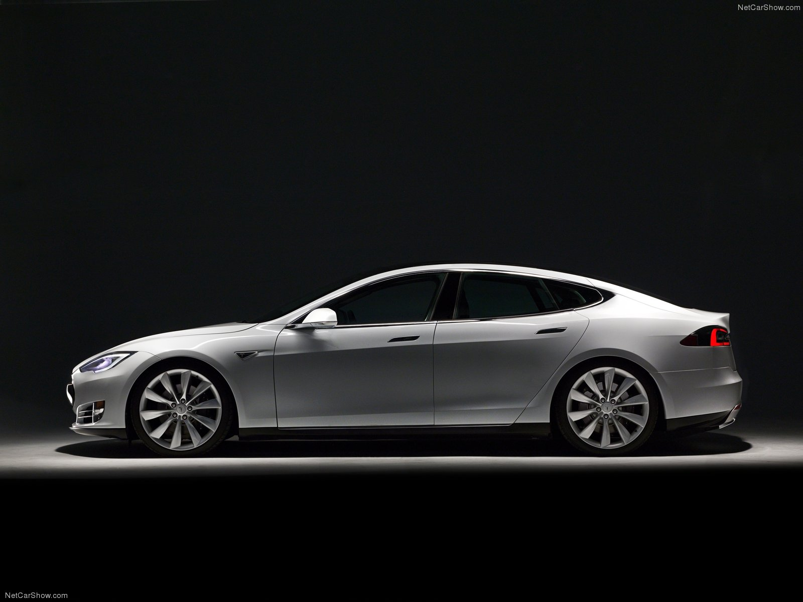 Tesla Model S Is the Best-Selling Large Luxury Car in the ...