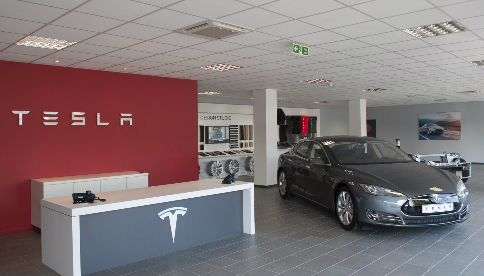 Tesla Opens New Store In London, Second Dealership in the ...