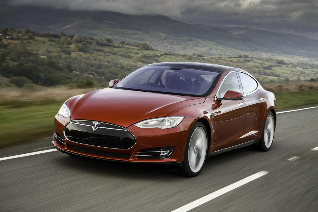 Tesla Updates Autopilot So It Can't Break The Speed Limit