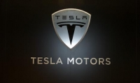 Tesla, a bright spot on Wall Street