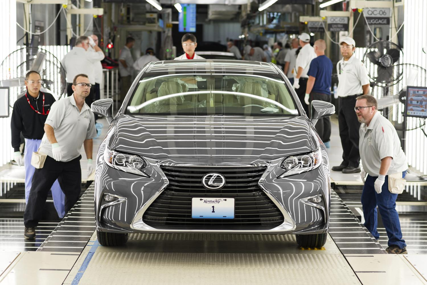 The First Lexus Ever Made in the US Rolled Off the Production Line ...