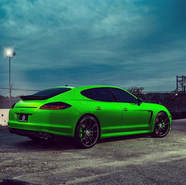 Porsche Panamera Sedan: The Game's Porsche Panamera S Is A Little Too Green