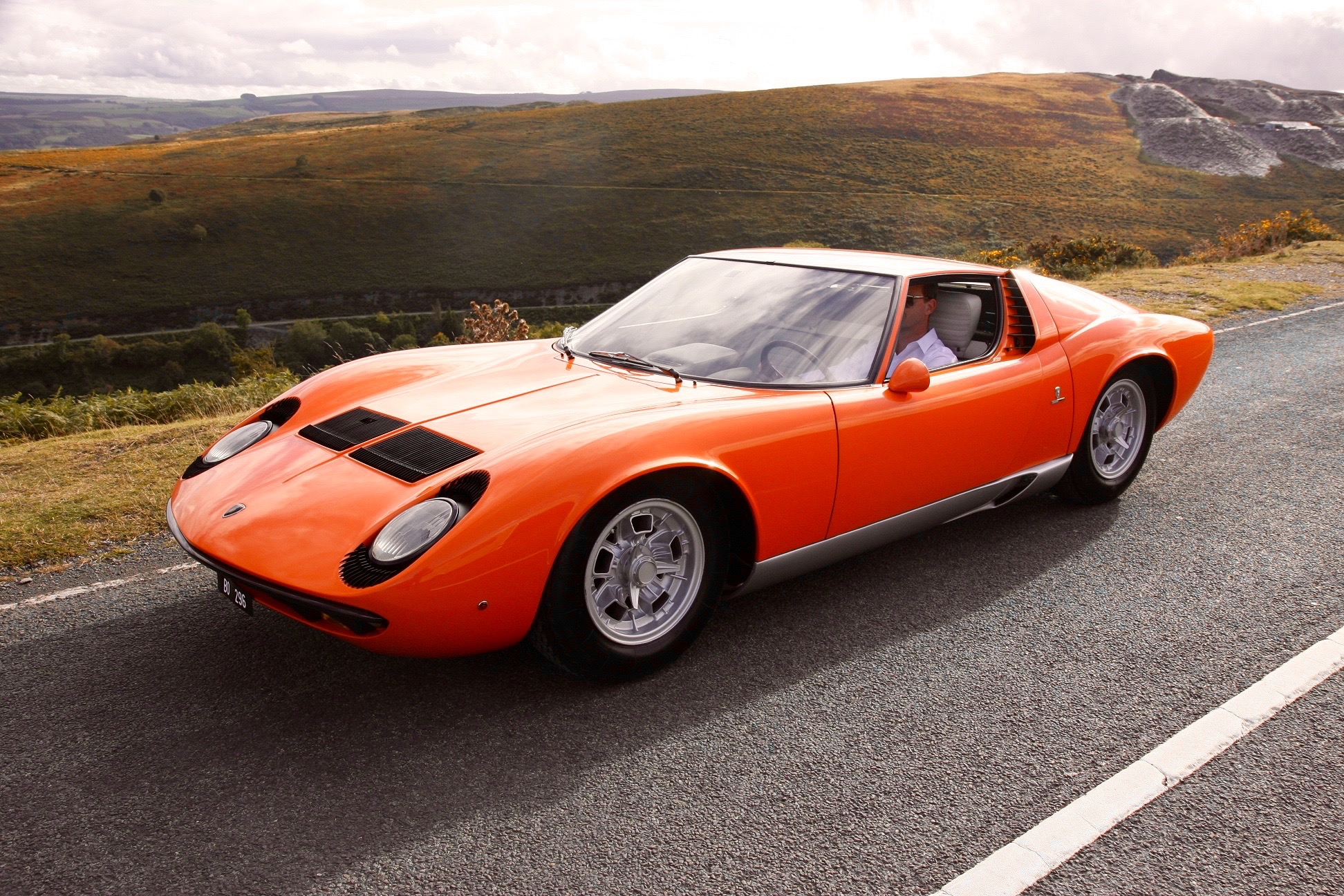 The Italian Job Lamborghini Miura Heads For Classic Six Nations