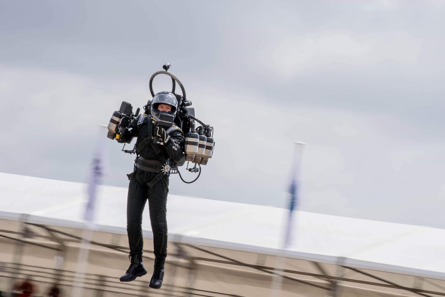 """""""The Jetpack Guy Is Back"""" Flying Into LAX Flight Path, FBI Is Investigating"""