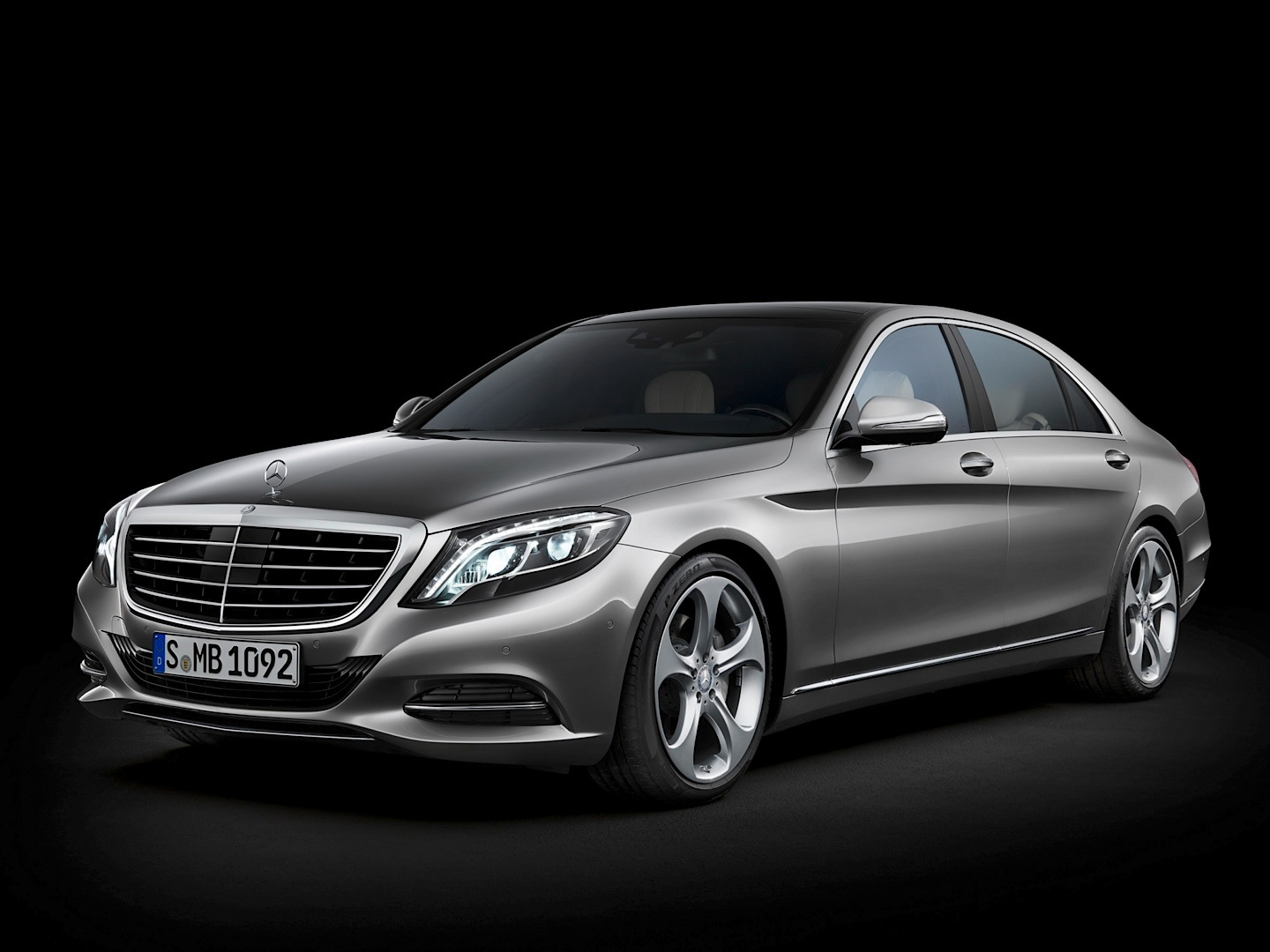 The Mercedes Benz S Class W222 Is Edmund S Best Luxury Sedan