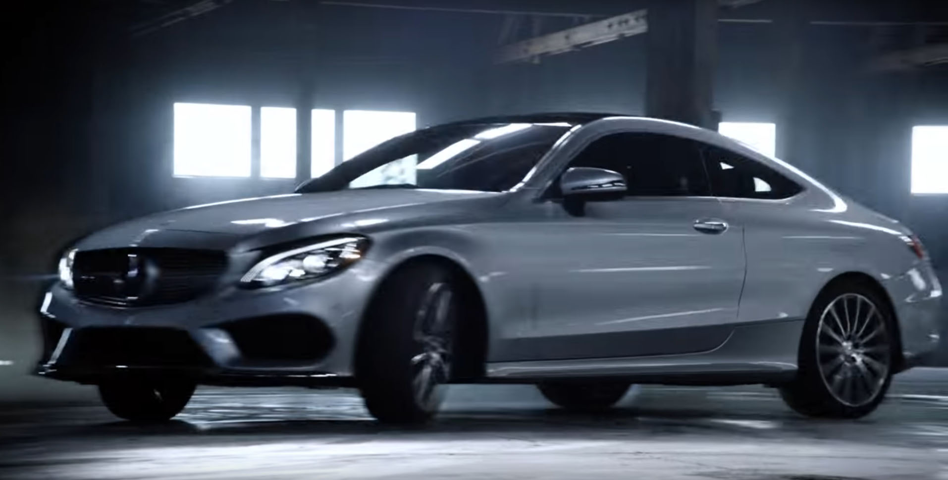 The mercedes benz usa c class coupe spot is a don 39 t try for The latest mercedes benz
