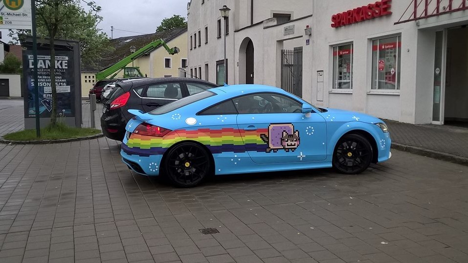 The Nyan Cat Is Alive It S Wrapped On An Audi Tt In