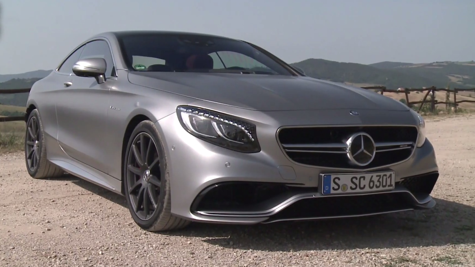 the s 63 amg coupe gets its first video review autoevolution. Black Bedroom Furniture Sets. Home Design Ideas