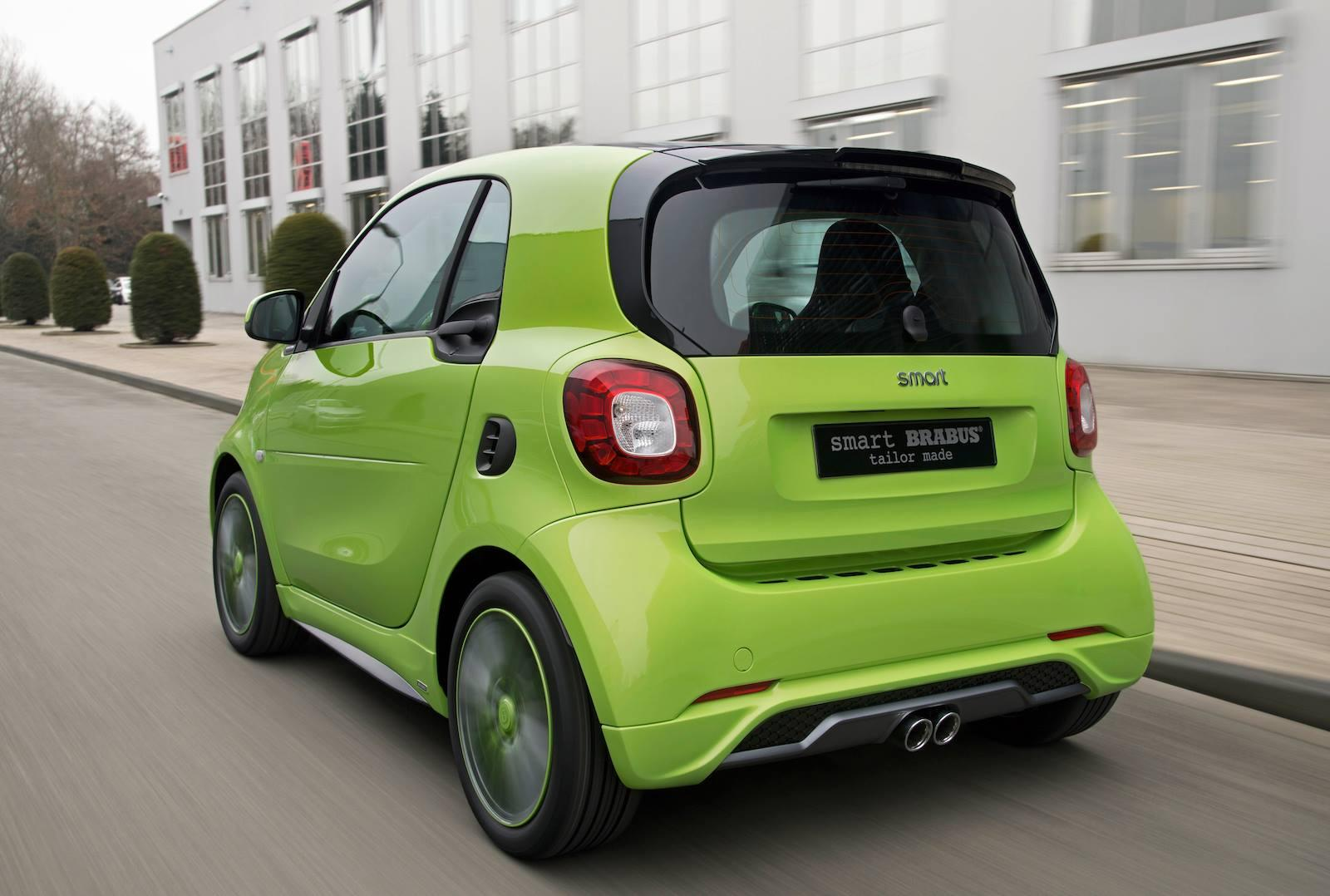 the smart fortwo brabus pocket rocket is coming to geneva autoevolution. Black Bedroom Furniture Sets. Home Design Ideas