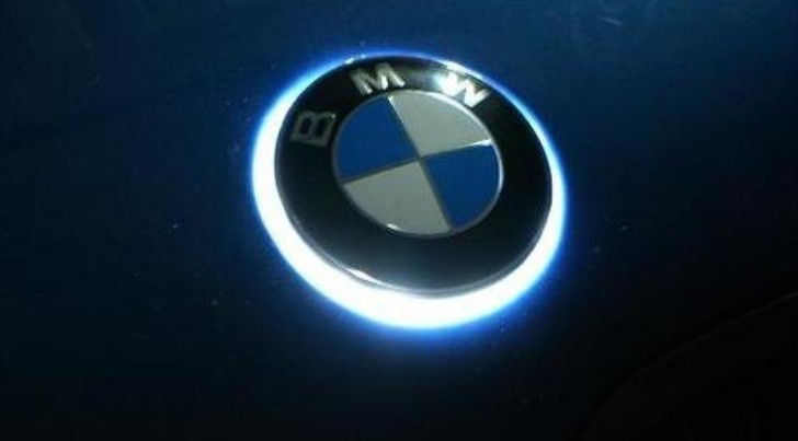 The Ultimate Aftermarket Part White Led Bmw Badge Autoevolution