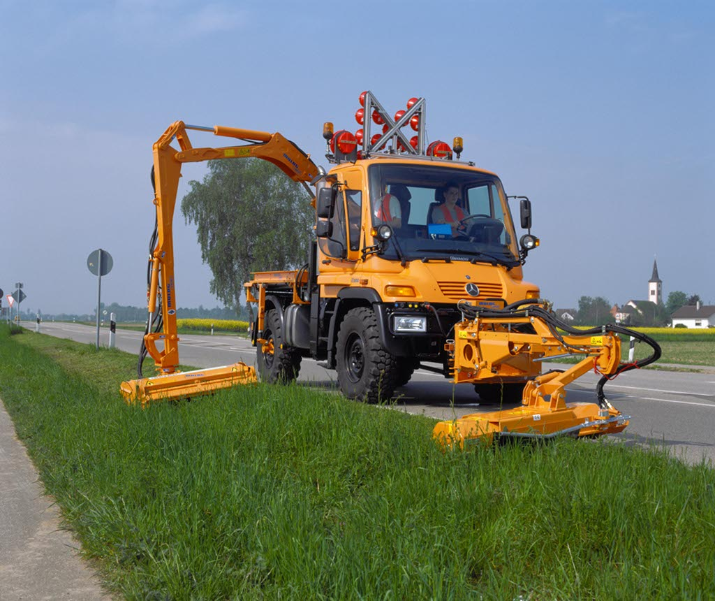 The UNIMOG - From Agricultural Drop Top to Tuner Ride ...