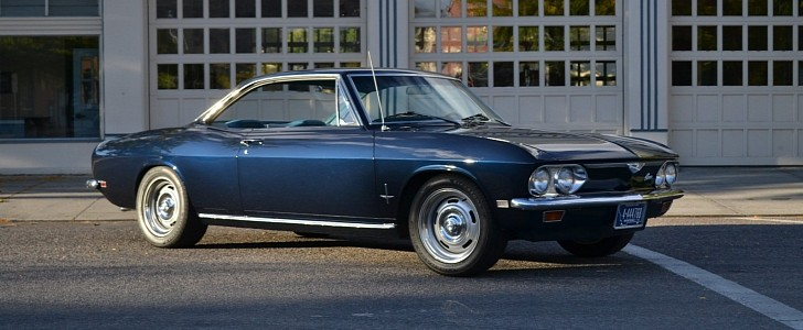 [Image: this-1968-chevrolet-corvair-monza-coupe-...1336-7.jpg]