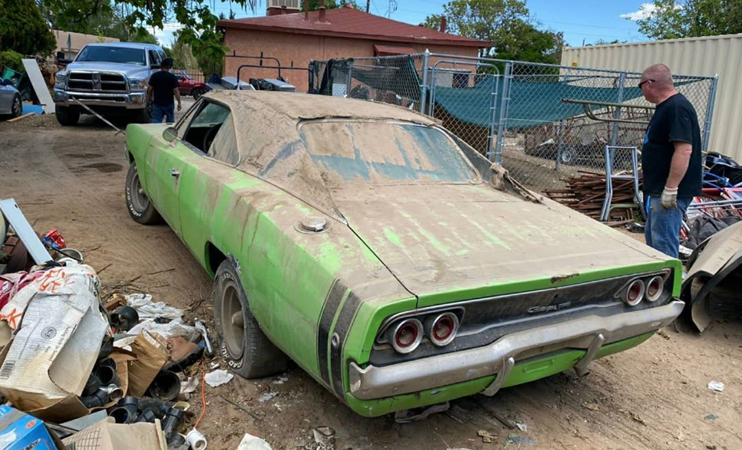 This 1968 Dodge Charger 383 4 Speed Is One Of 259 And The Numbers Match Autoevolution