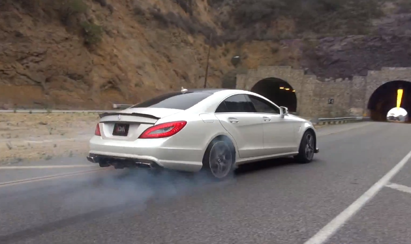 This 900 Whp Cls 63 Amg Has Trouble Going Straight