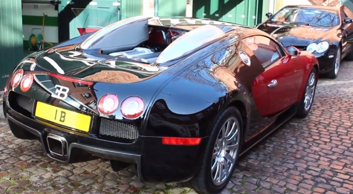 this bugatti veyron vanity plate may cost more than the car itself autoevolution. Black Bedroom Furniture Sets. Home Design Ideas