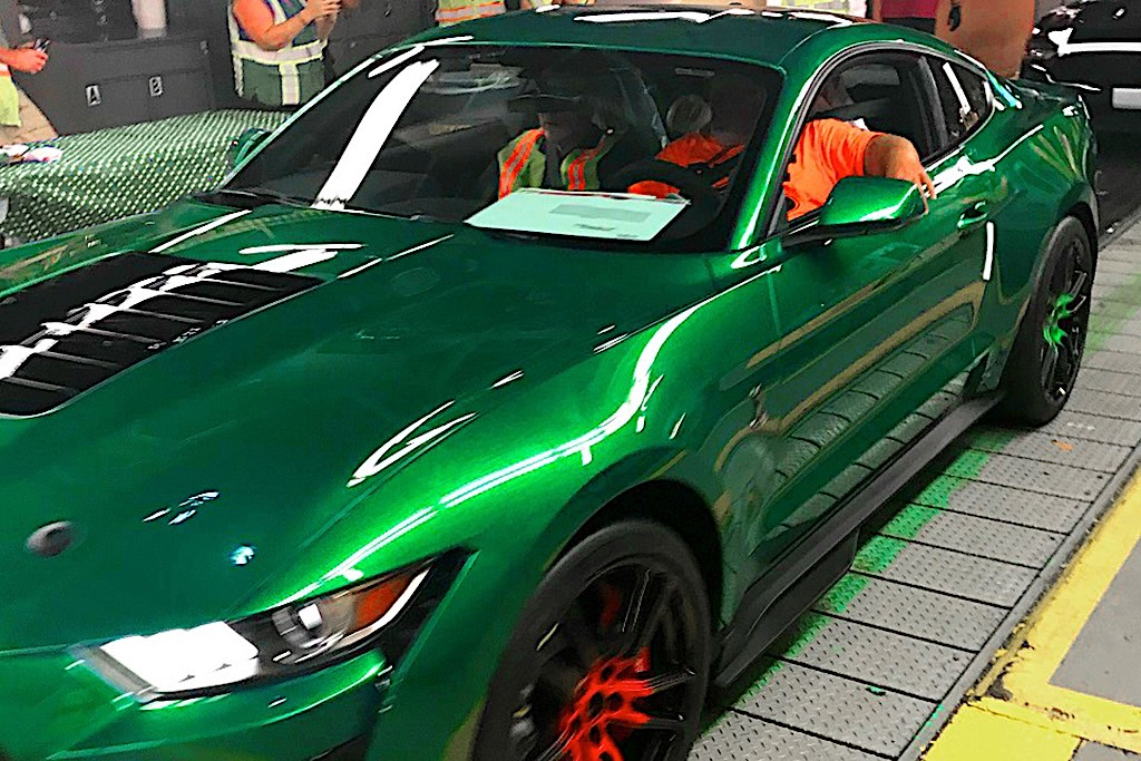 This Is How the Only 2020 Mustang Shelby GT500 Green ...