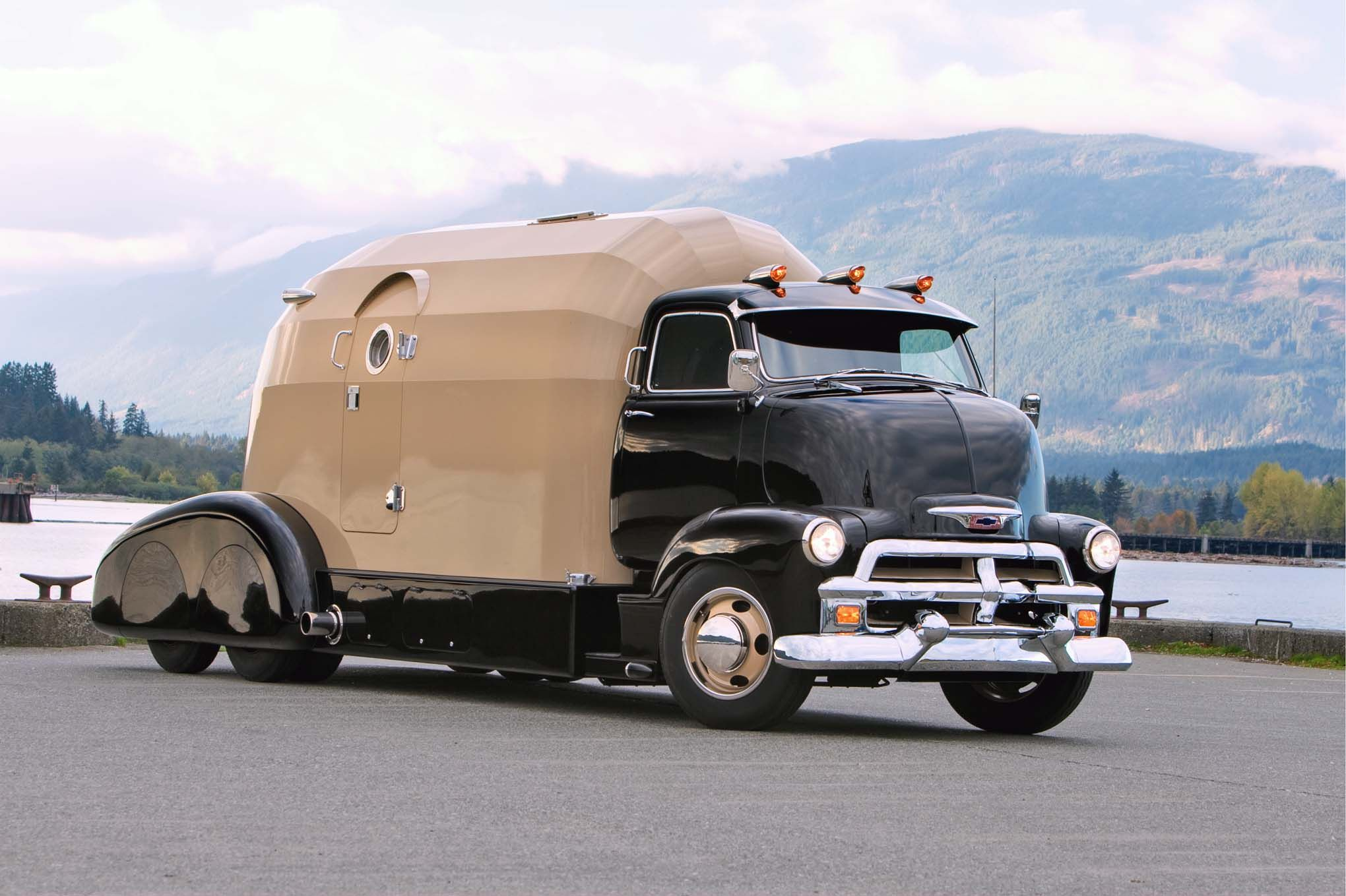 Meet The Most Awesome Motorhome Ever Autoevolution