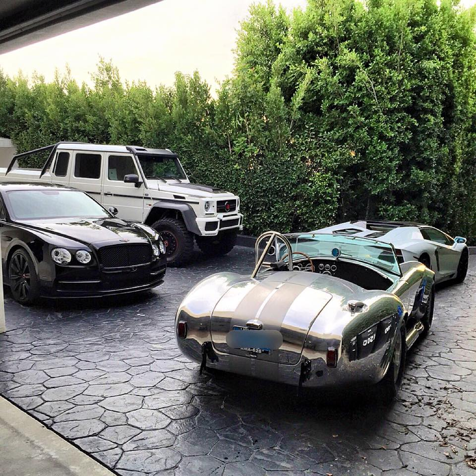This Is What Dan Bilzerian Sees Every Morning Autoevolution