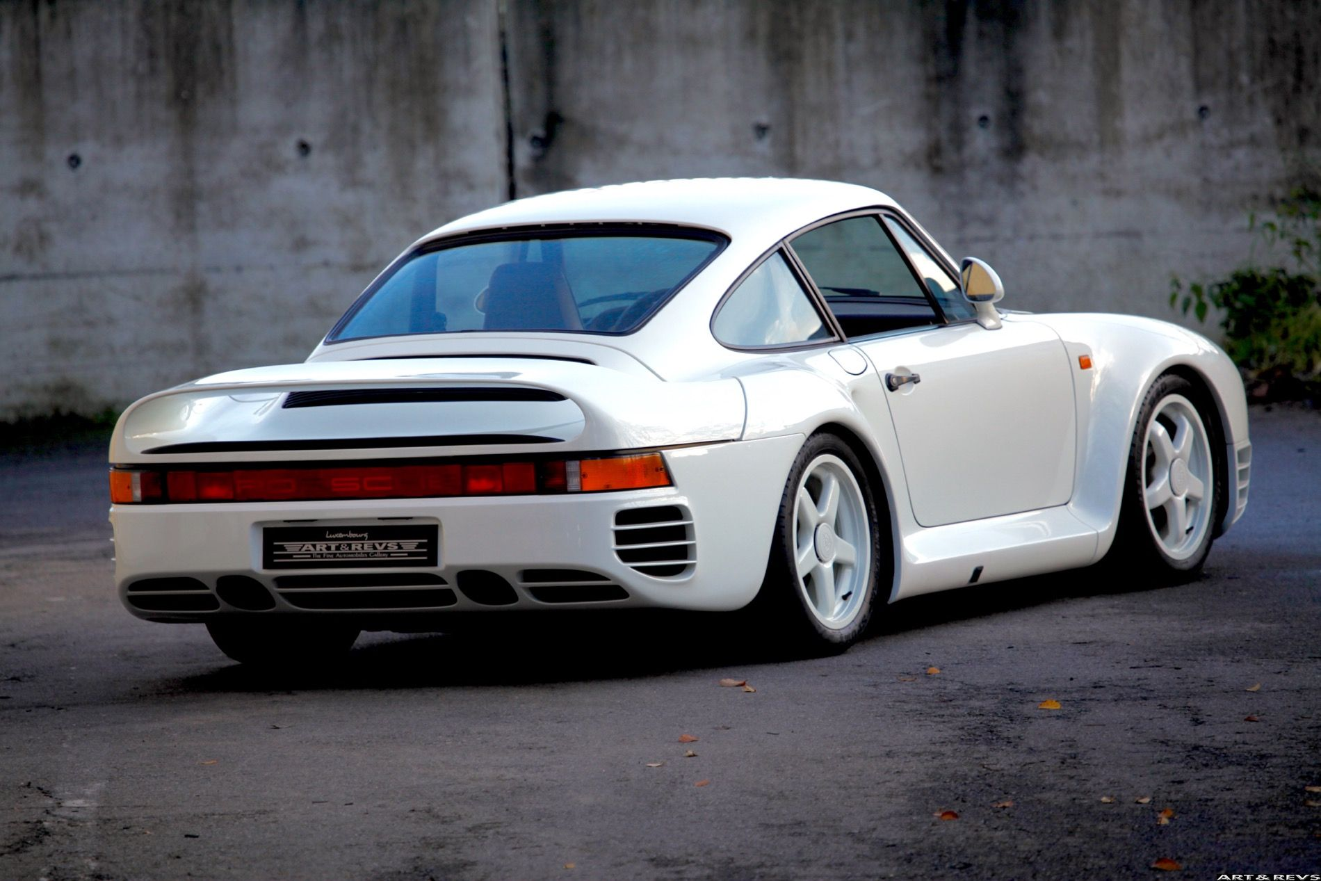 This Is Your Chance To Buy A Porsche 959 Prototype