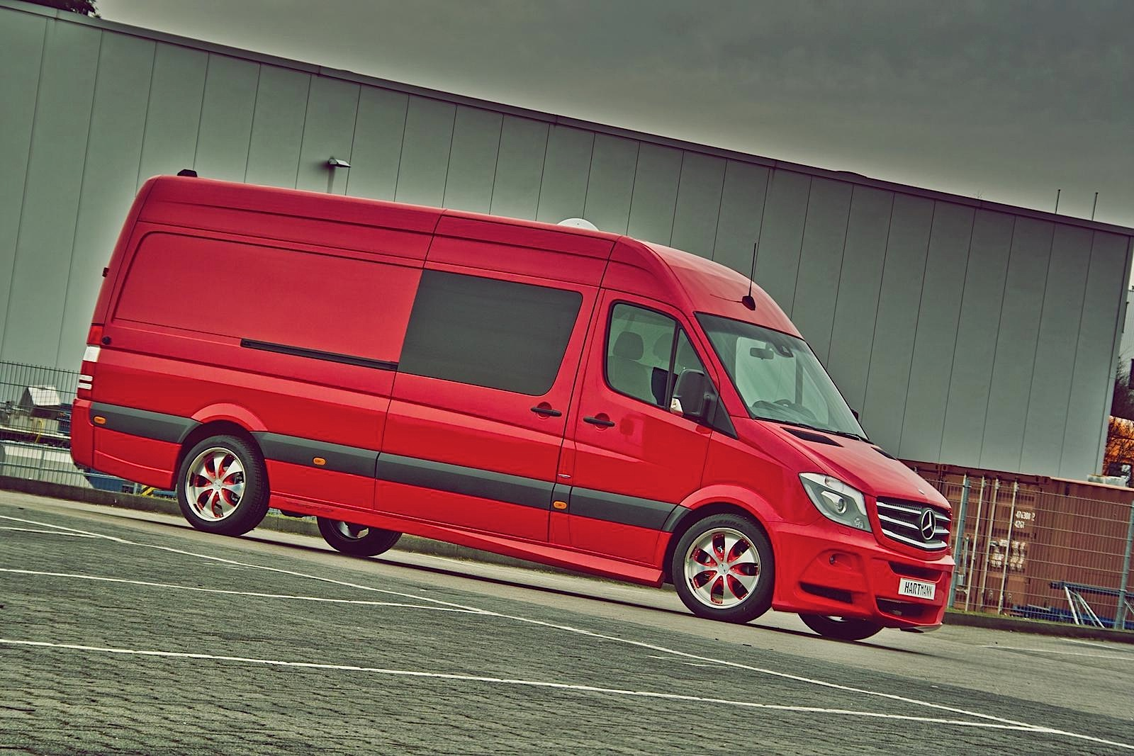 Mercedes Benz Parts Miamicool Wiring Diagram For 73 Ml350 2005 This Sprinter Could Be Santa Claus
