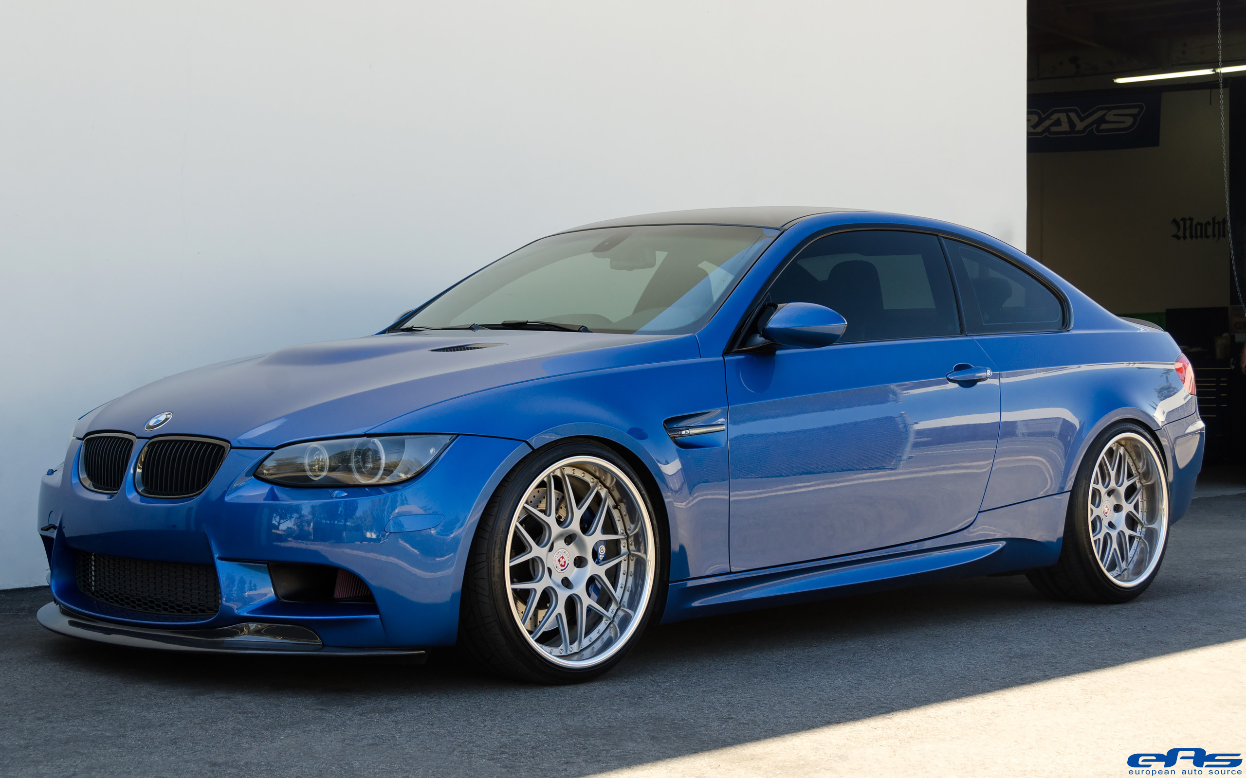 This One Sick BMW E92 M3 Makes Us Think Twice Before Checking Out