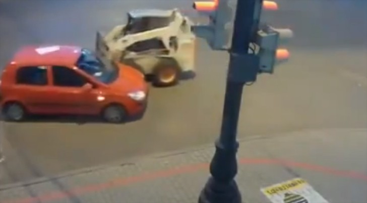 This Strange Car Crash Can't Be Explained! [Video]
