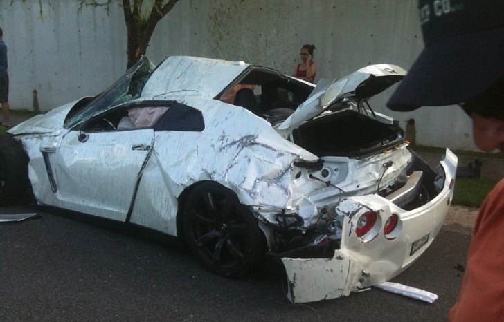 This Totaled Nissan GT-R from Puerto Rico Makes You Sad ...