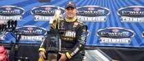 Tony Schumacher Wins 2008 Driver of the Year Award