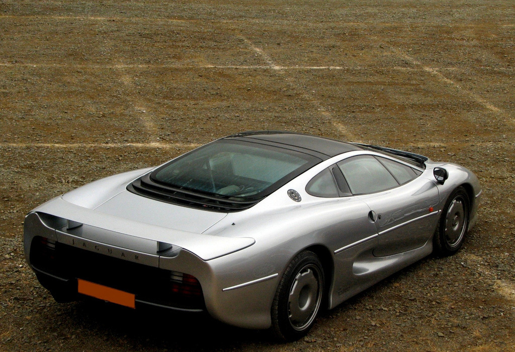 Top 5 Fastest Production Cars of All Time - autoevolution
