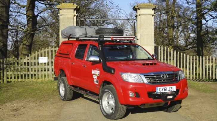 Top Gear: New Toyota Hilux Adventure in 2012