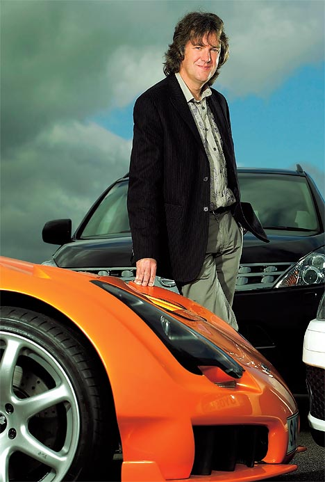 top gear 39 s james may awarded honorary doctorate autoevolution. Black Bedroom Furniture Sets. Home Design Ideas