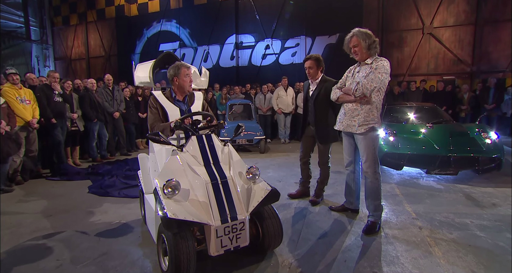 update top gear series 22 episode 10 pulled replaced by caribbean with simon reeve autoevolution. Black Bedroom Furniture Sets. Home Design Ideas