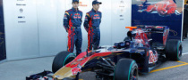 Update: Toro Rosso Launches STR5 in Valencia, Image Gallery!