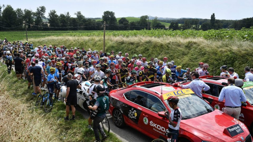 French farmers bring Tour de France to standstill with protest