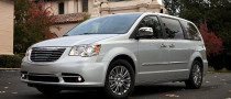 Town & Country Set to Recapture Minivan Crown for Chrysler