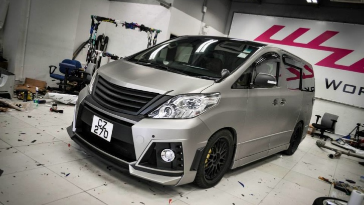 Toyota Alphard Gets Matte Grey Wrap In Hong Kong