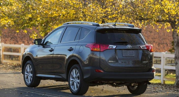 Toyota Announces RAV4 Engine Lineup Along With UK Pricing